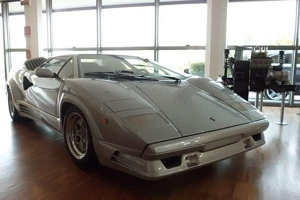 Uma volta no museu da Lamborghini