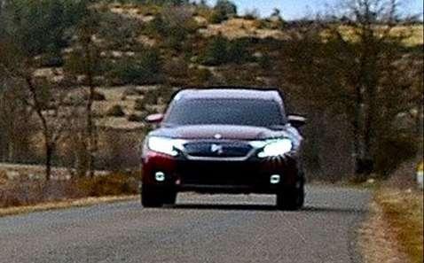 Linha Citroën DS terá dois sedãs e um jipinho