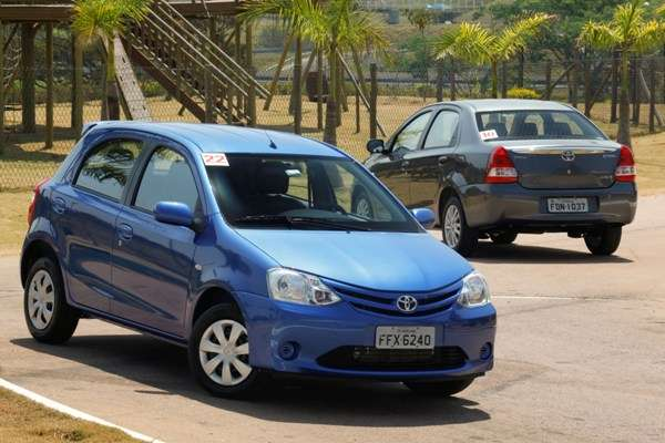 Toyota manda blindar Etios para executivos